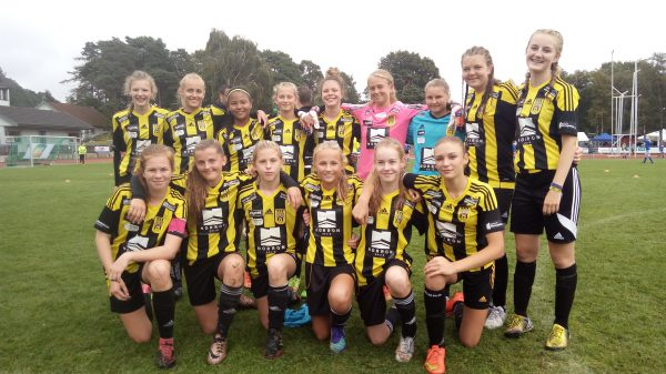 lagbilde begge lag lindesnes cup 2016 jenter 14