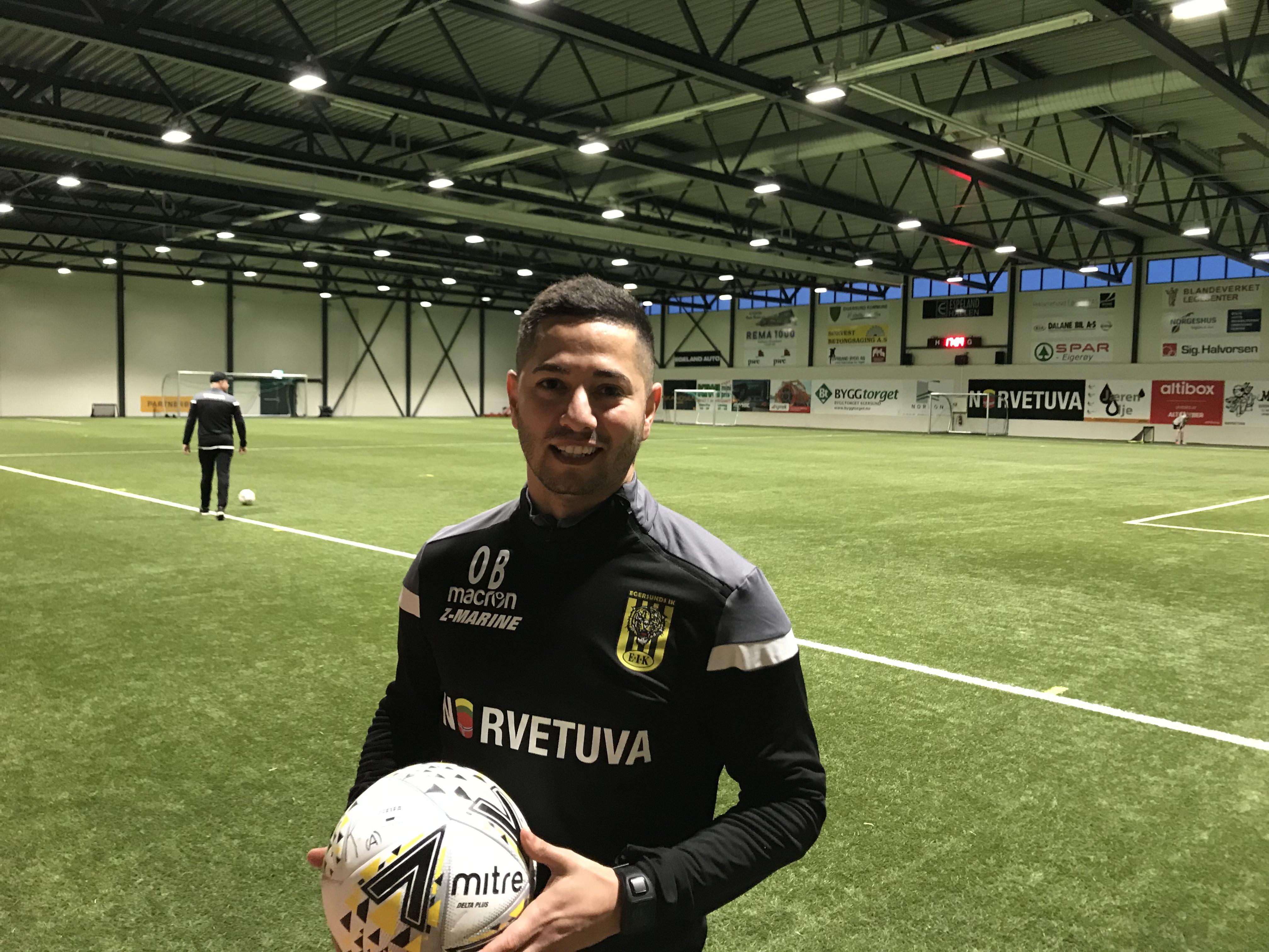 6d68fe37 Send inn spørsmål til EIK-trener Ojan Bijan! – EIK Fotball